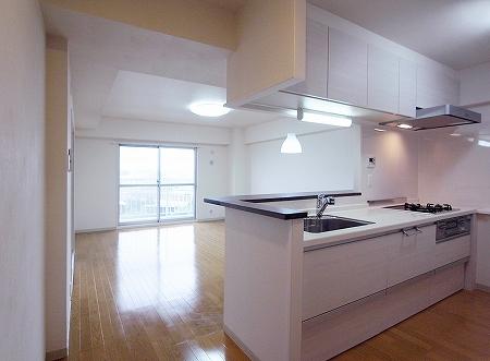 100823_kitchen (14).jpg