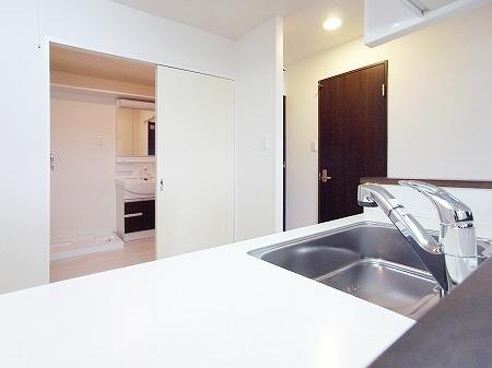 100823_kitchen (9).jpg
