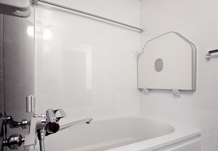 bathroom_110222_m (21).jpg