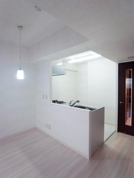 kitchen_100903_ro (4).jpg